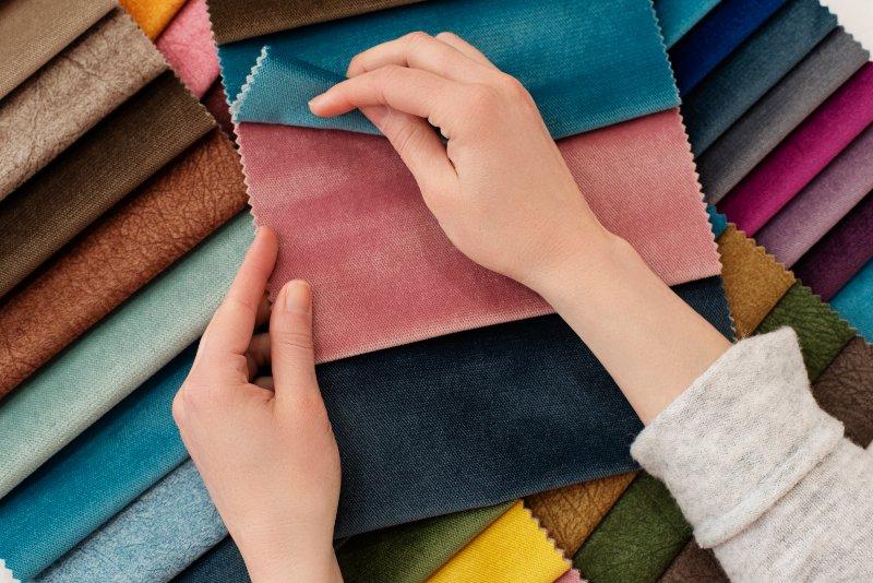 Comment choisir la couleur de ses rideaux