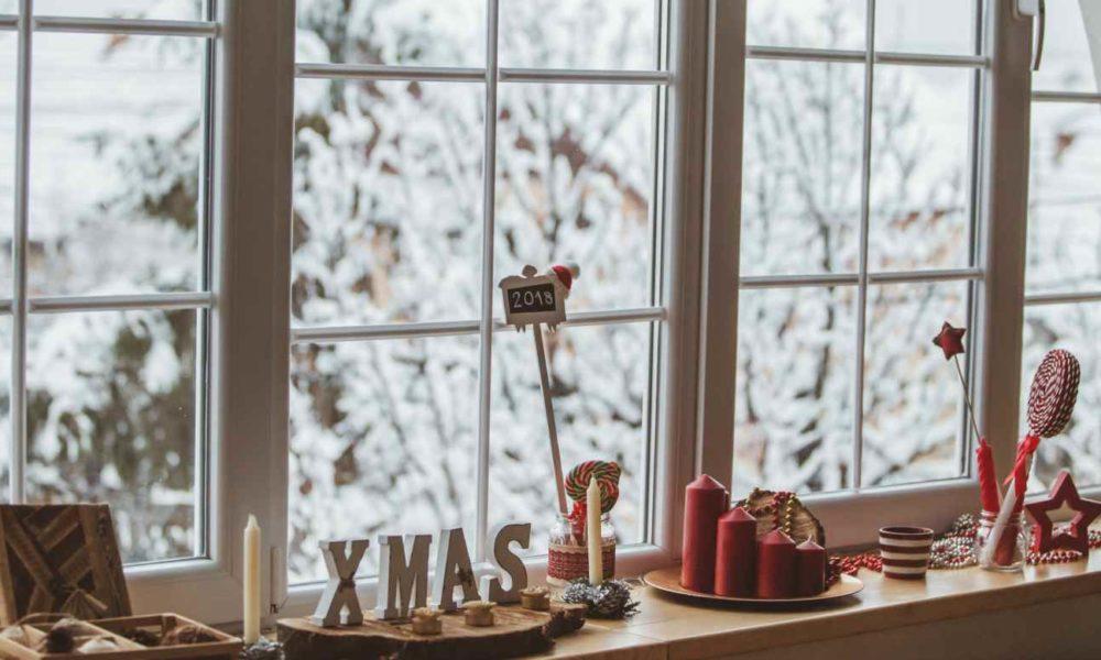 Décoration fenêtre Noël Oknoplast