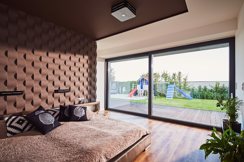 Chambre avec fenêtre HST Oknoplast