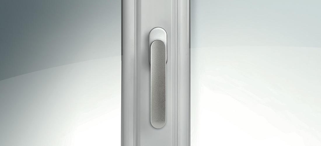 Baie vitrée et porte fenêtre en gamme «Charme» <p>Au-delà des qualités d'isolation thermique, de confort, d'esthétique et de sécurité, la gamme «Charme» de l'entreprise de menuisierie PVC Oknoplast se décline…</p>